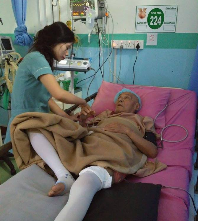 ९७ बर्षीय तिलकमान बज्राचार्य कान्तिपुर जनरल अस्पतालको आइसियु कक्षमा